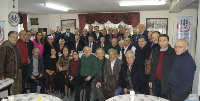 Akçaabatlılar İşgalden Kurtuluş'un 100. Yıldönümünü Kutladı