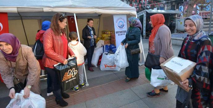 Bayırbucak'a Trabzon'dan 3 TIR gidiyor