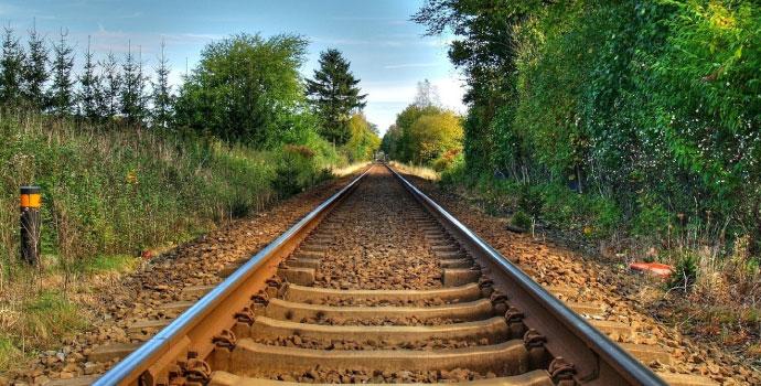 Bölgedeki STK'lar demiryolu için bastırıyor