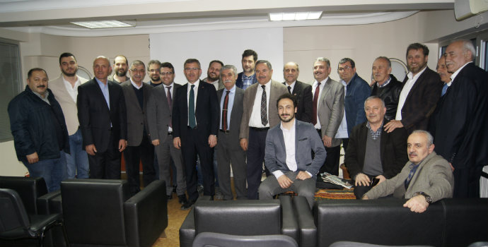 Hilmi Türkmen Akçaabatlılarla hasbıhal etti