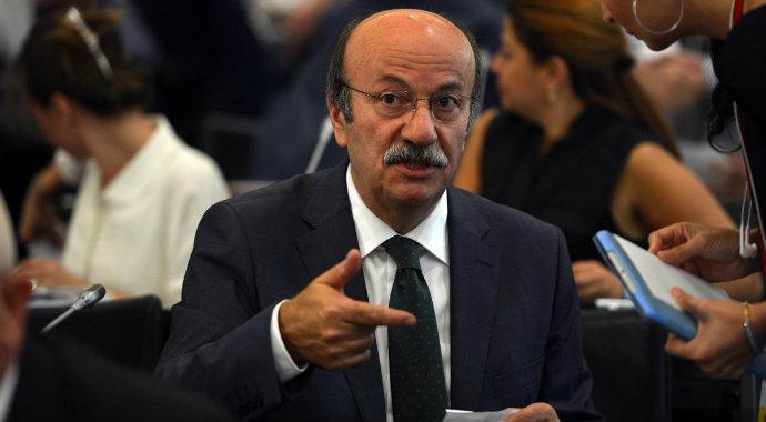Mehmet Bekaroğlu Rize'de lokantaya alınmadı!
