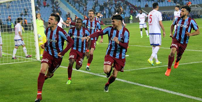 Okay Yokuşlu: Trabzonspor'da mutluyum