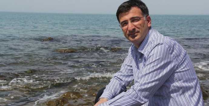 Osman Karavin vefat etti