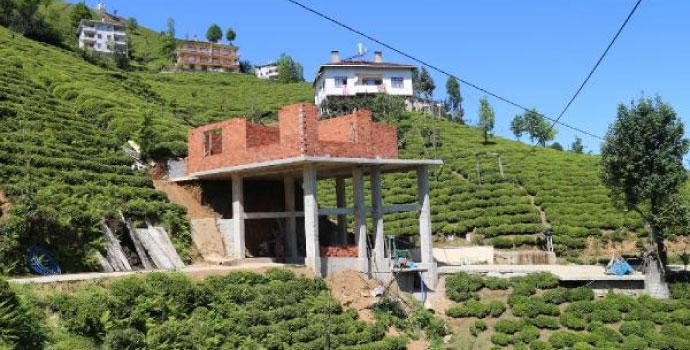 Rize Çayelili vatandaş evini bakın nereye yaptı