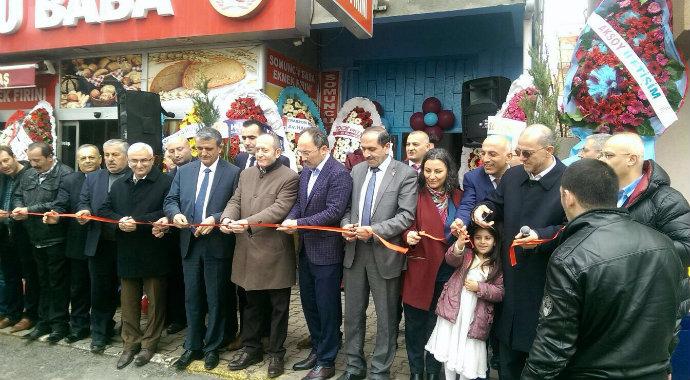 Sultanbeyli Trabzonlular Derneği kendi mekânında