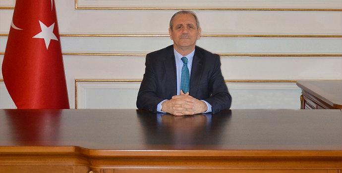 Trabzonlu vali kalp krizi geçirdi!
