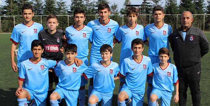 Trabzonspor altyapısı gol olup yağdı