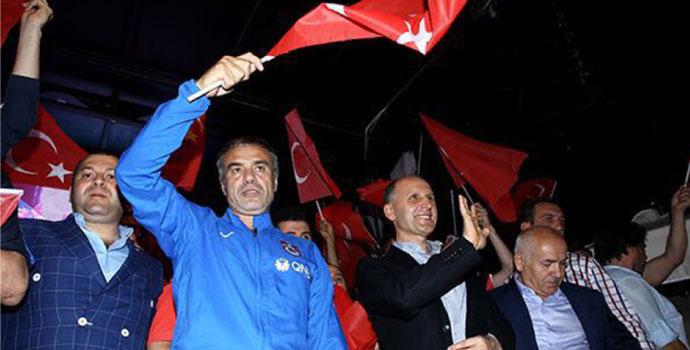 Trabzonspor demokrasi nöbetindeydi