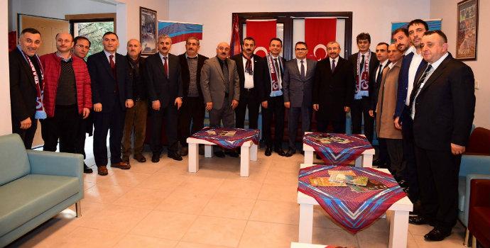 İsmail Erdem Ataşehir'de Trabzonlularla buluştu