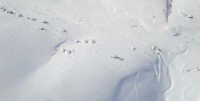 Çayıroba'da kar esareti