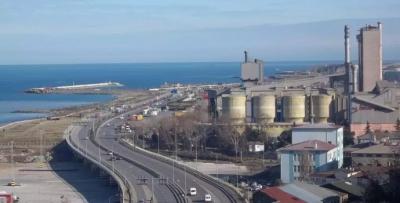 Çimento fabrikası sökülmeye başlandı