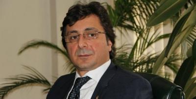 Davut Çakıroğlu'ndan demokrasi dersi