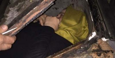FETÖ'den aranan kadın fare gibi yakalandı