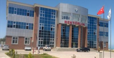 Giresun Üniversitesi yönetimi eski rektörüne veryansın etti