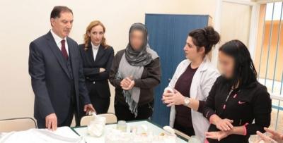 Malkoç Kadınlar Günü'nde kadın mahkûmları ziyaret etti