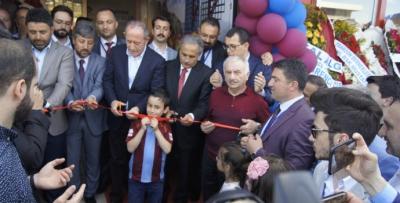 Pendik Trabzonlular Derneği kendi mekanında
