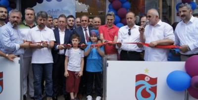 Pendik TS Club mağazası yeni yerinde açıldı