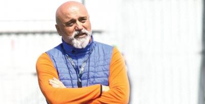 Rizespor'da Karaman, Nisan ayında oynayacakları zorlu karşılaşmalara dikkat çekti