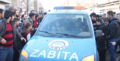 Sur ilçesinde HDP'li vekillere büyük tepki
