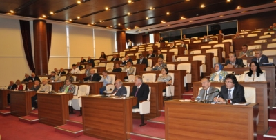 Trabzon Belediye Meclisi bakın nelerle uğraşıyor?