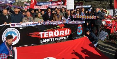 Trabzonlular Şehitler Tepesi'nde terörü lanetledi