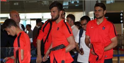Trabzonspor Antalya'ya gençlerle gitti