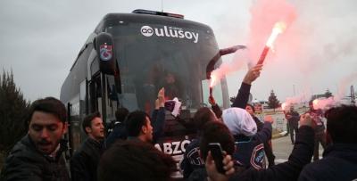 Trabzonspor Denizli'de coşkuyla karşılandı