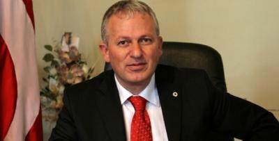 Yıldız Teknik Üniversitesi'nin Trabzonlu rektörü açığa alındı